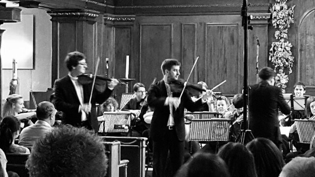 Elliott Perks solo violist Sinfonia Concertante with Orchestra of the City
